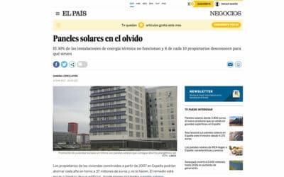 El País – Paneles solares en el olvido